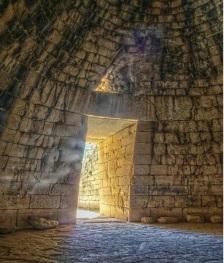 Θολωτός τάφος, ο λεγόμενος Θησαυρός του Ατρέως, στις Μυκήνες, εσωτερικό